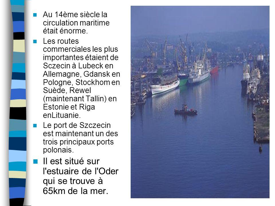 Le port de Szczecin Il est important de dire que la localisation de Szczecin fait que le port est un carrefour international majeur.