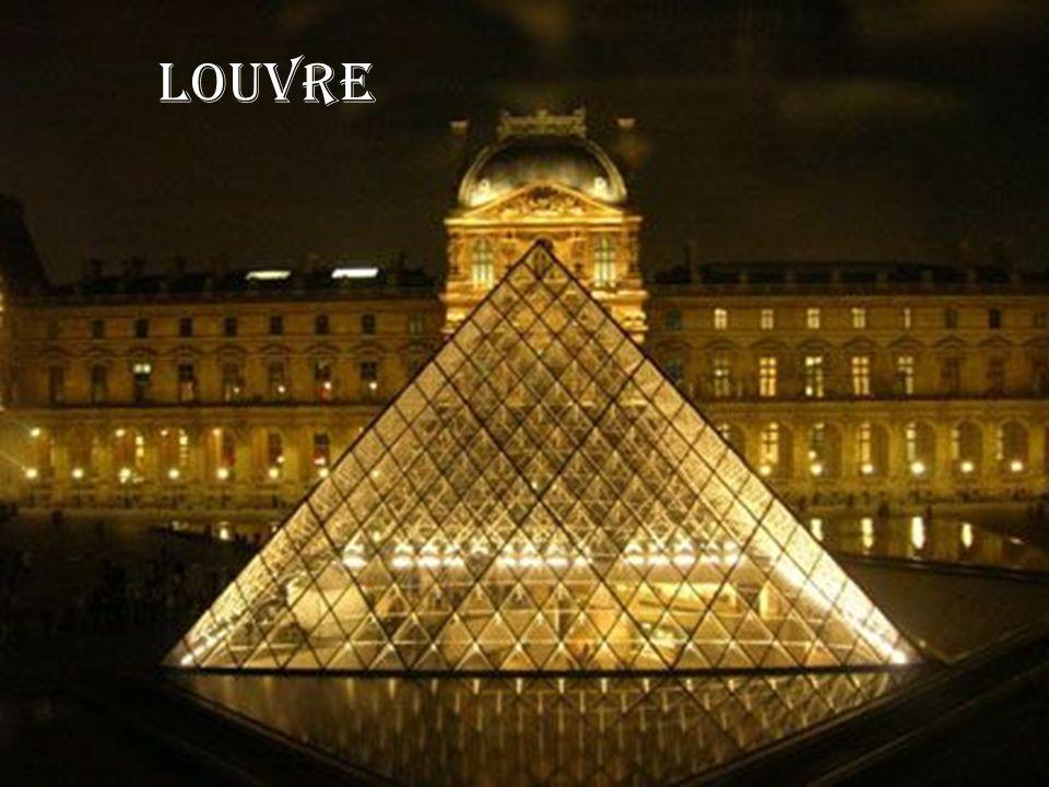 Aux Champs- Elysées, aux Champs- Elysées Au soleil, sous la pluie, à midi ou à minuit, Il y a tout ce que vous voulez aux Champs-Elysées