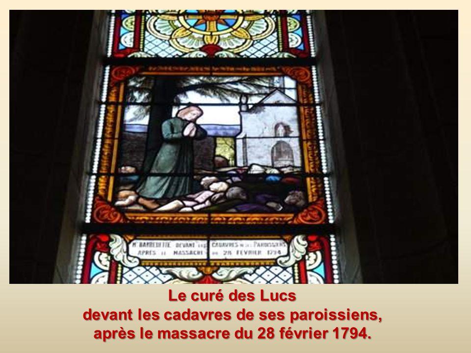Les vitraux de léglise: Ici le curé des Lucs célébrant la messe de minuit, caché dans les bois. Les vitraux de léglise: Ici le curé des Lucs célébrant
