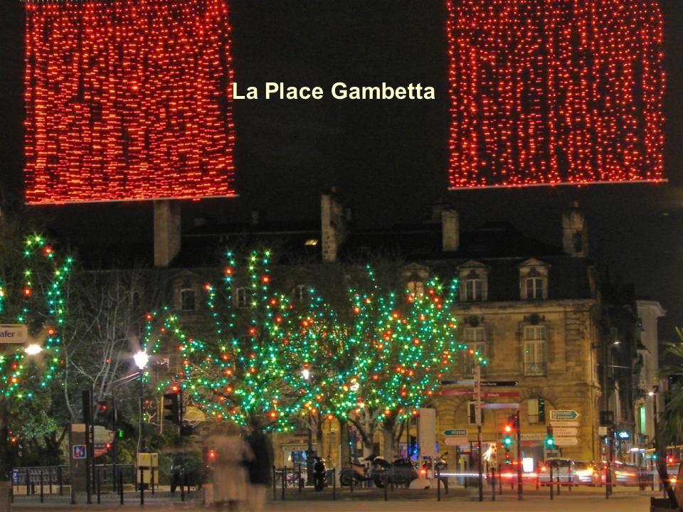 Le Cours de lIntendance vu de la place Gambetta