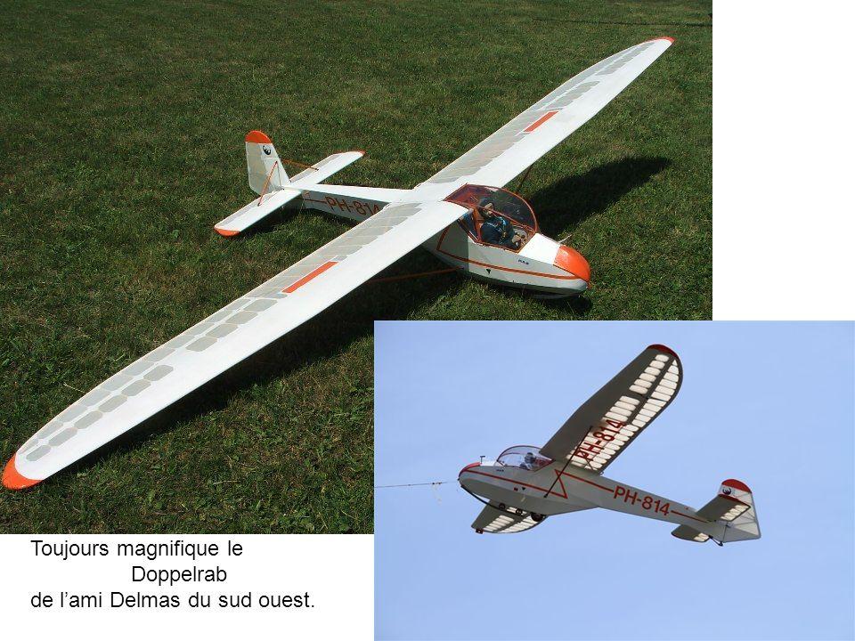 Air 100 Avia 40P Le plus modéliste des modélistes était là.