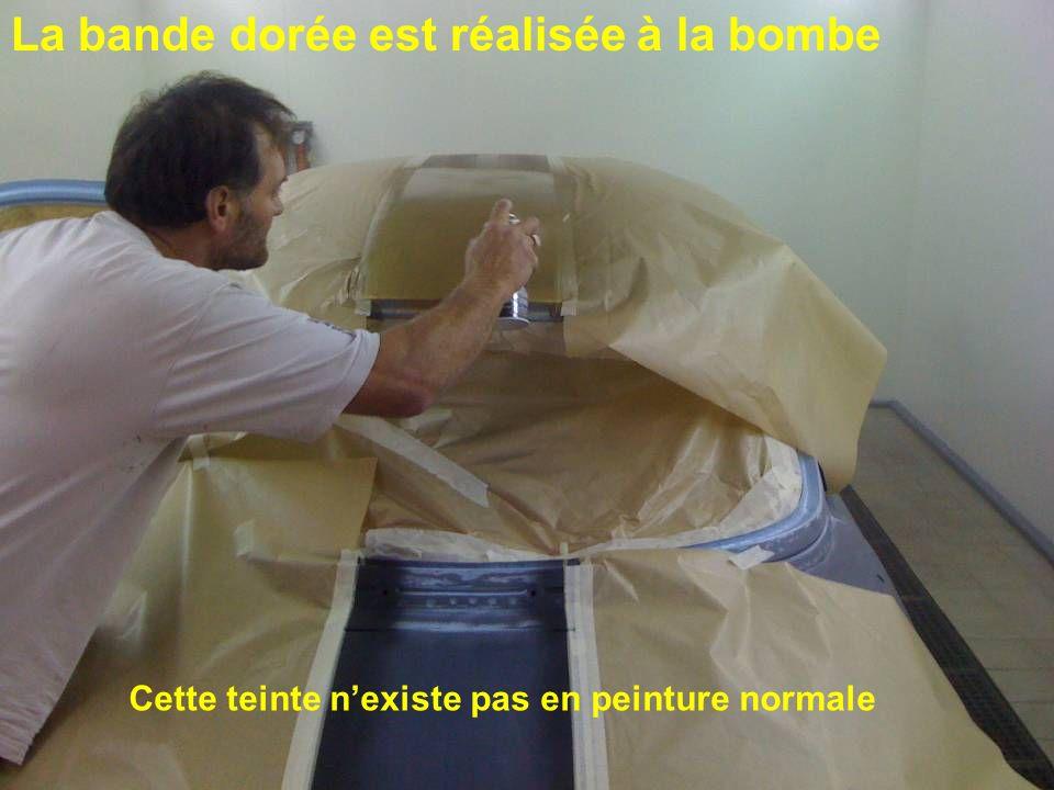 La bande dorée est réalisée à la bombe Cette teinte nexiste pas en peinture normale