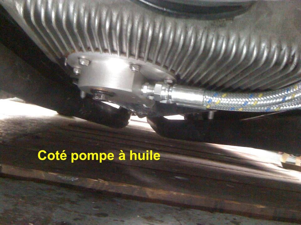 Coté pompe à huile