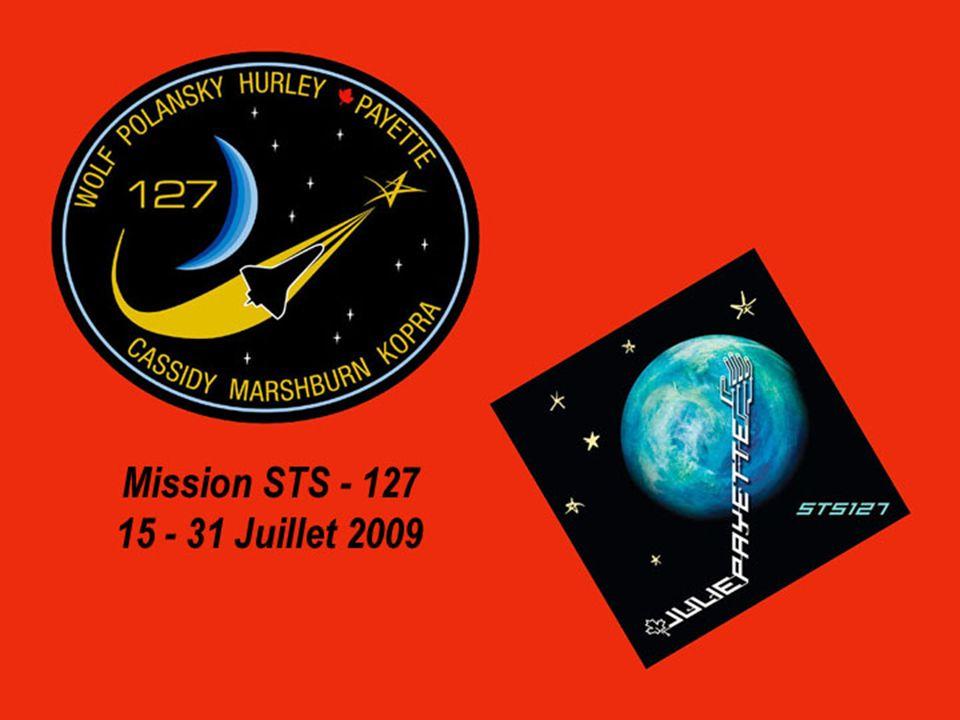 Le 17 juillet 2009 (Jour de vol 3) La navette spatiale Endeavour s amarre à la Station spatiale internationale