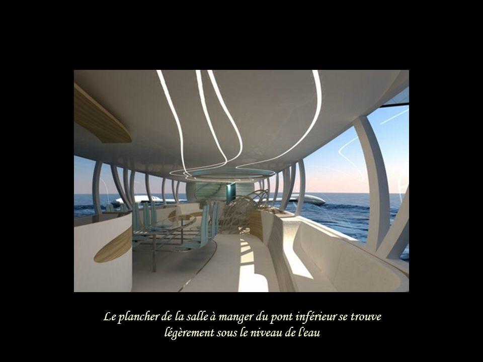 Le pont inférieur contient la pièce principale, la cuisine, le cabinet de toilette, et une pièce de rangement