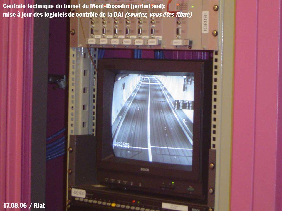 Centrale technique du tunnel du Mont-Russelin (portail sud): mise à jour des logiciels de contrôle de la DAI (souriez, vous êtes filmé)