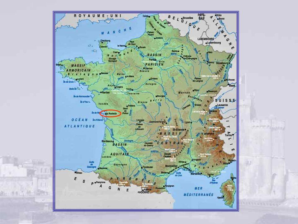 XVIIe siècle, XVIIIe siècle, le Nouveau Monde Très vite pourtant, La Rochelle se relève du drame que ce siège a engendré.