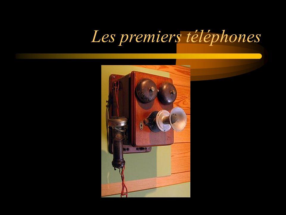 Les premiers téléphones