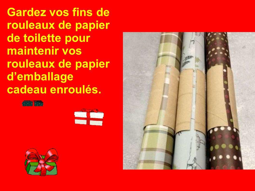 Gardez vos fins de rouleaux de papier de toilette pour maintenir vos rouleaux de papier demballage cadeau enroulés.