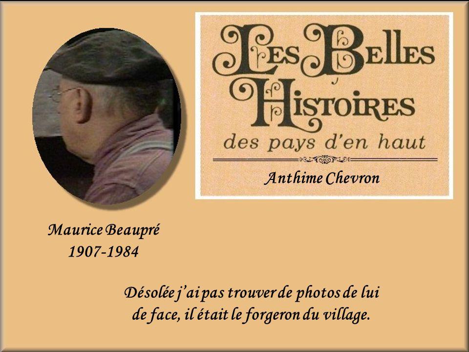 Jean-René OuelletPacifique Devreux Alexix lappelait (Phique) cest lui qui brisa les fiançailles du boss René avec Aurélie. Entre nous jaurais préféré