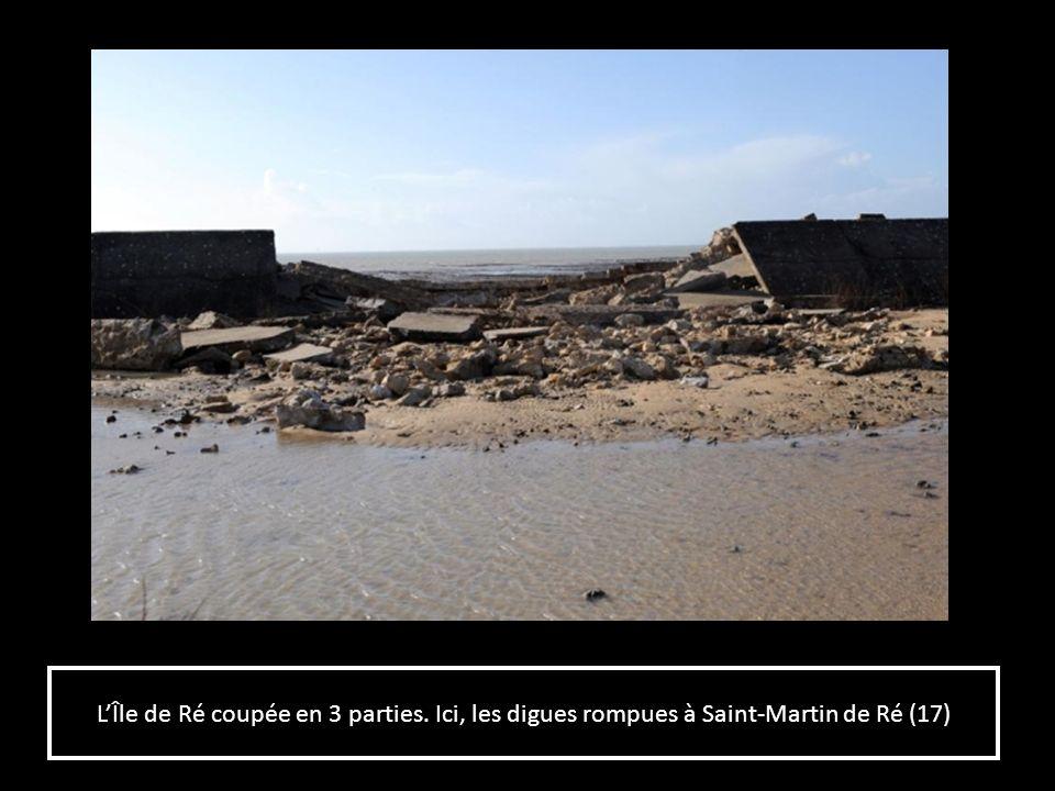 Le parking du Gabut noyé à La Rochelle (17)