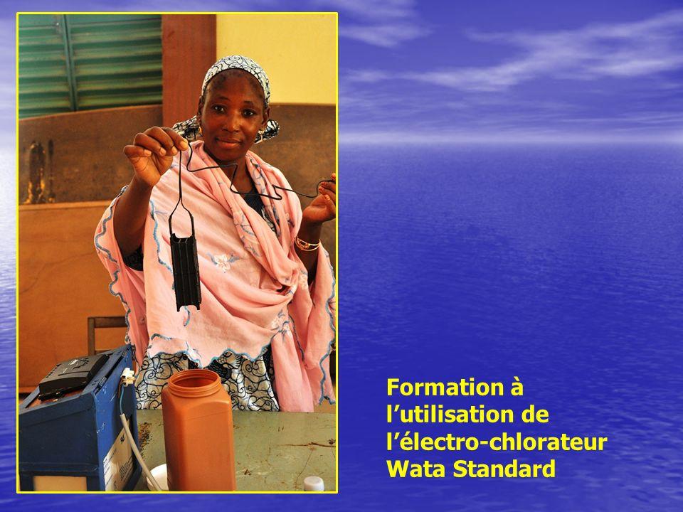 Formation à lutilisation de lélectro-chlorateur Wata Standard