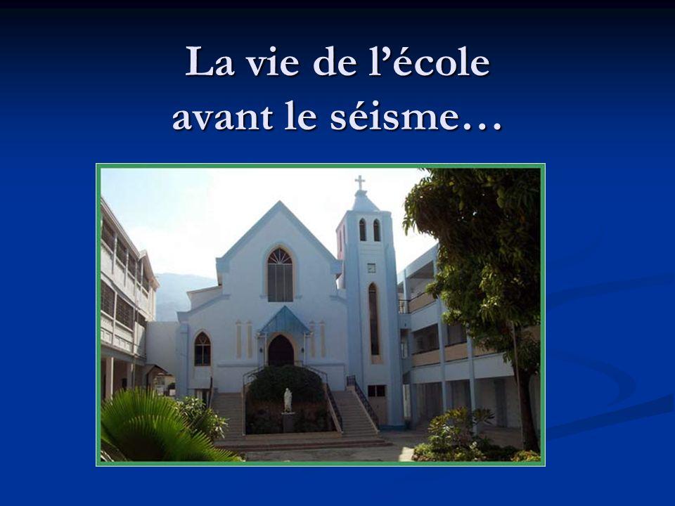 Fondée en 1905 par les Filles de la Sagesse, lécole accueille des élèves de la maternelle à la terminale.