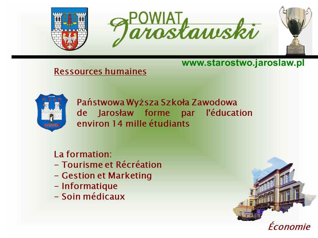 www.starostwo.jaroslaw.pl Économie Państwowa Wyższa Szkoła Zawodowa de Jarosław forme par l'éducation environ 14 mille étudiants La formation: - Touri