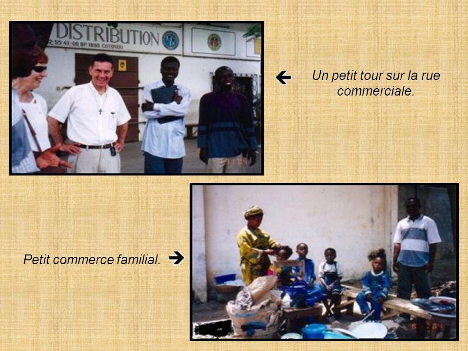 Mgr Agboka et Antoine ont refait connaissance.
