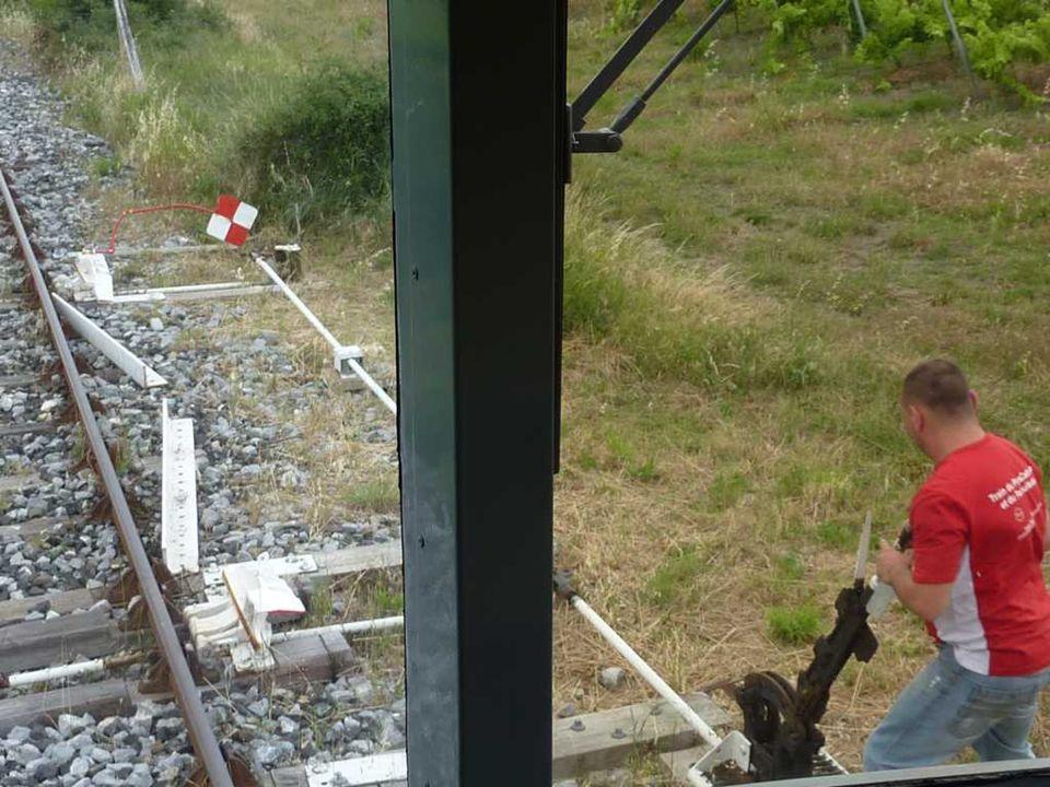 Fossé de la Fou creusé par lAgly Station thermale transformée aujourdhui en chambres dhôte