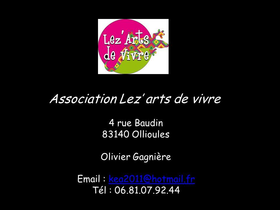 Olivier GAGNIERE auteur, compositeur, interprète Né à Lyon en 1970, ce « gône artiste » a un parcours atypique. Il grandit au sein dune famille daccue