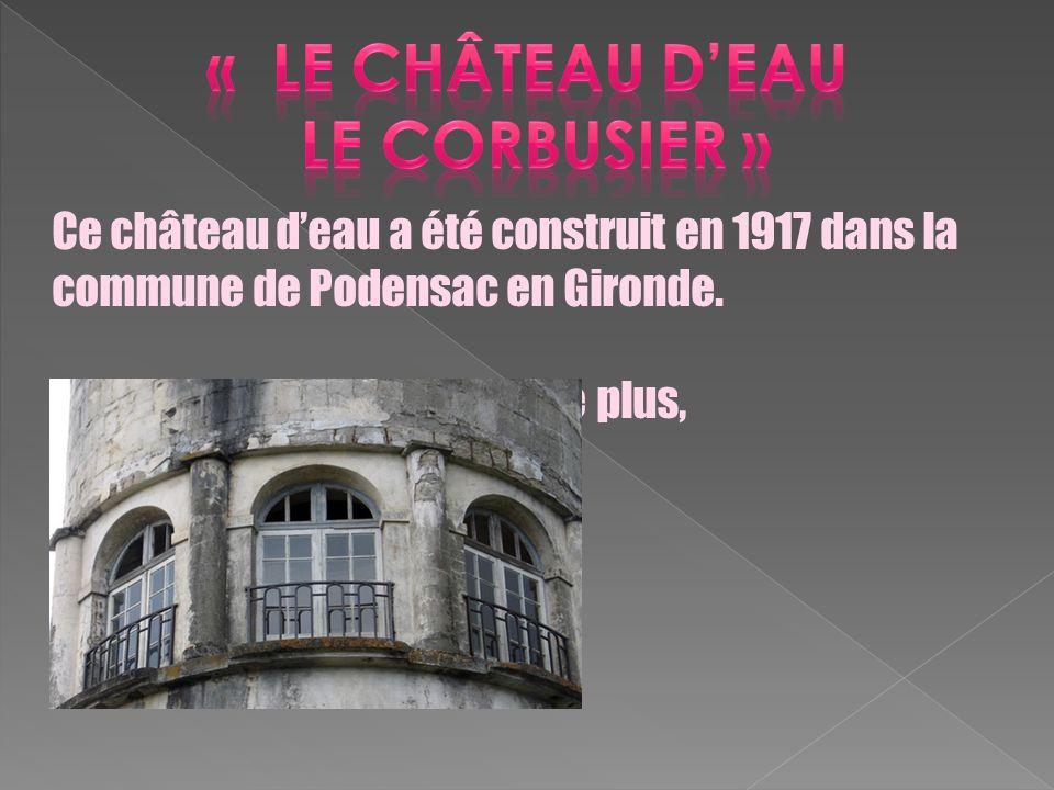 Ce château deau a été construit en 1917 dans la commune de Podensac en Gironde. Aujourdhui, il ne fonctionne plus, cependant, on ne le détruit pas car