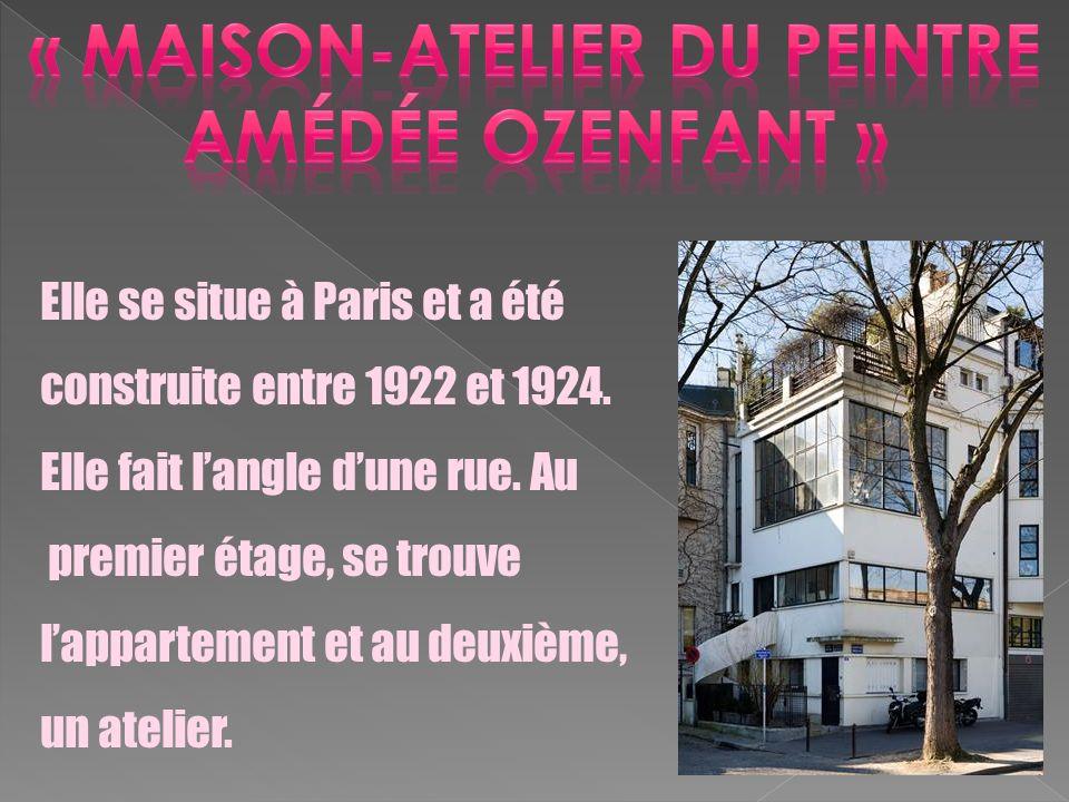 Elle se situe à Paris et a été construite entre 1922 et 1924. Elle fait langle dune rue. Au premier étage, se trouve lappartement et au deuxième, un a