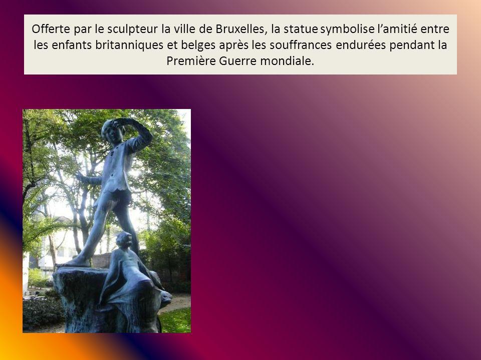 Offerte par le sculpteur la ville de Bruxelles, la statue symbolise lamitié entre les enfants britanniques et belges après les souffrances endurées pe