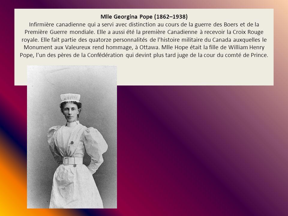 Mlle Georgina Pope (1862–1938) Infirmière canadienne qui a servi avec distinction au cours de la guerre des Boers et de la Première Guerre mondiale. E