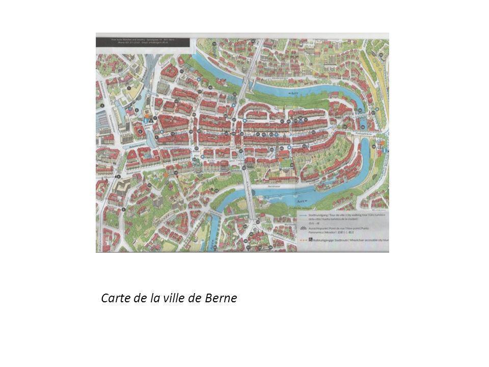 Géographie La City est sur le fleuve Aare Vieille ville de Berne, Bernese Alps, se trouvent au sud de la ville Collines sont autour de la rivière Aspect médiéval Hauts ponts sur la rivière Un terrain inégal