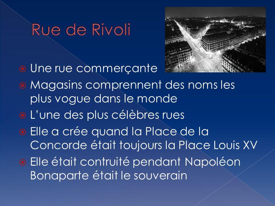 Une rue commerçante Magasins comprennent des noms les plus vogue dans le monde Lune des plus célèbres rues Elle a crée quand la Place de la Concorde é