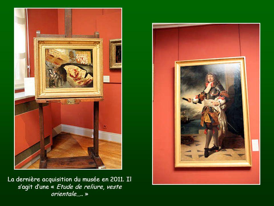 Ce coffre et ses objets ont été ramenés du Maroc par Delacroix suite à son séjour dans ce pays en 1832.