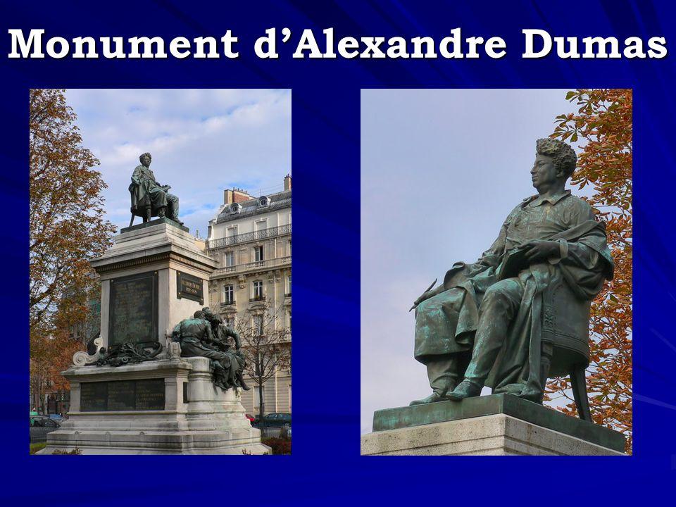 Monument dAlexandre Dumas