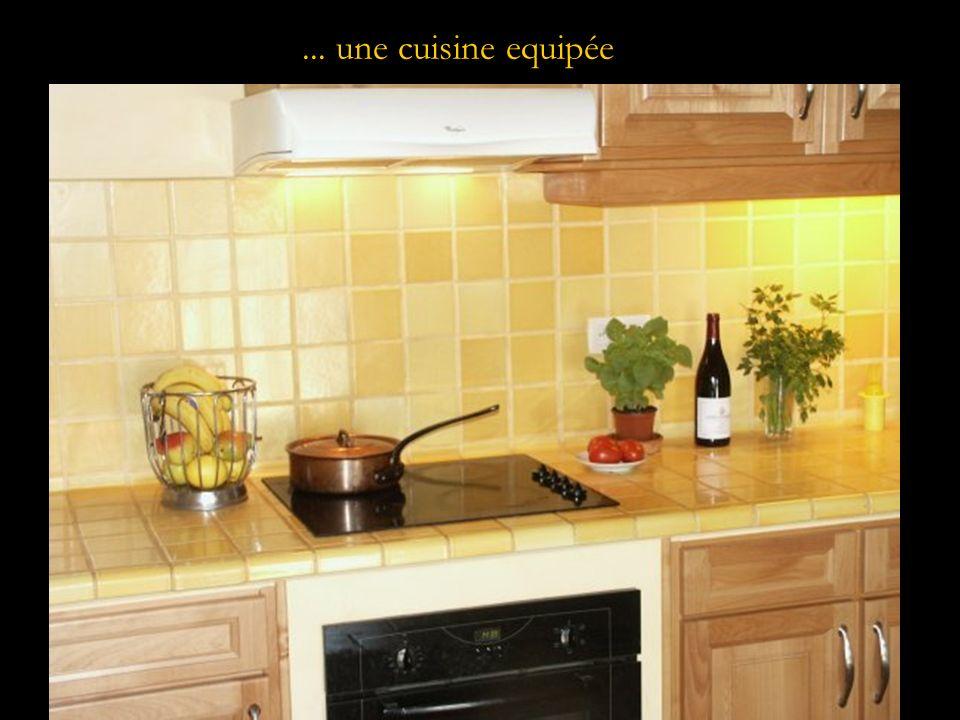 ... une cuisine equipée