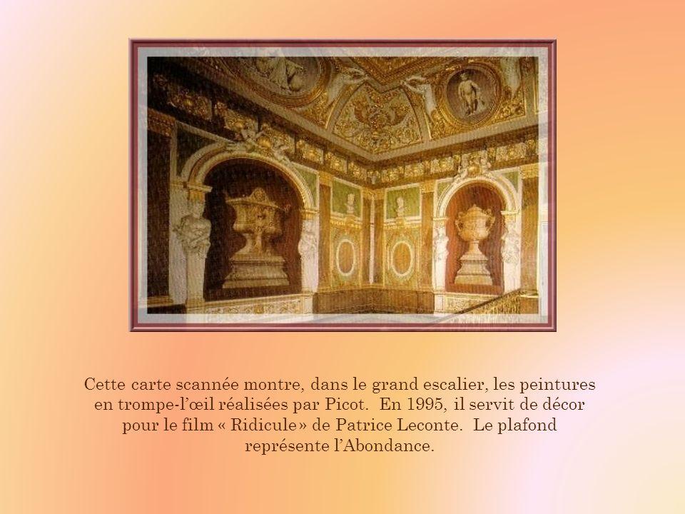 Et, dans le vestibule, au pied de lescalier, cette magnifique Pénélope endormie, en marbre blanc.