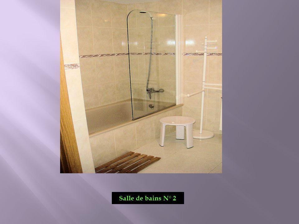 Salle de bains N° 2