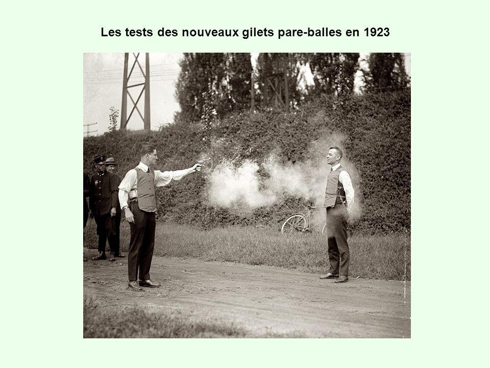 Les tests des nouveaux gilets pare-balles en 1923