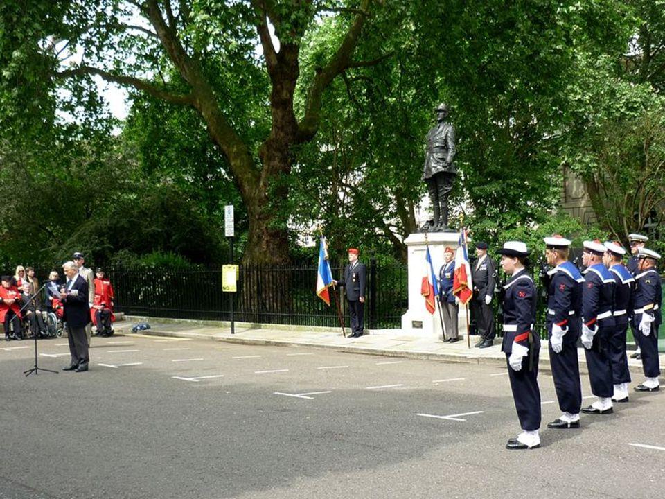 Général de Gaulle à Carlton Gardens Londres
