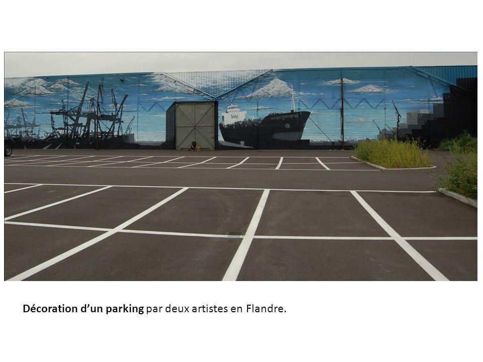 Décoration dun parking par deux artistes en Flandre.