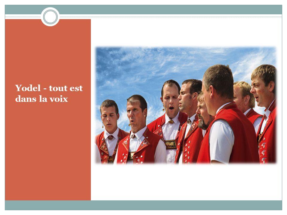 Coutumes populaires au fil de l année Il existe de nombreuses coutumes calendaires en Suisse - la plupart ont des origines païennes ou religieuses.