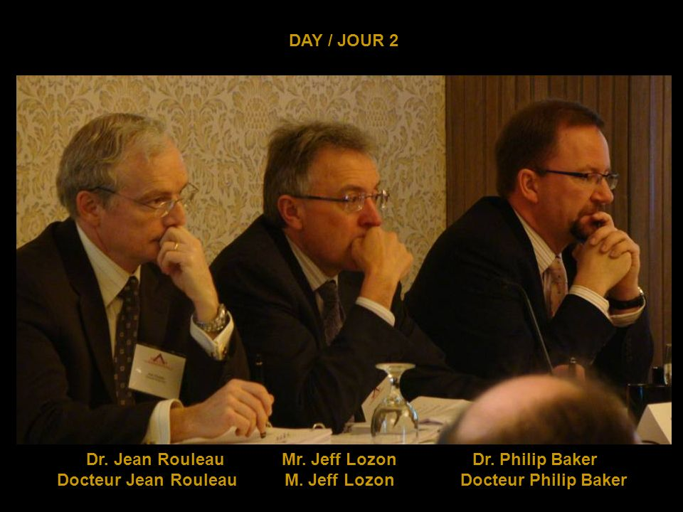 DAY / JOUR 2 Dr. Philip Baker giving his presentation Docteur Philip Baker donne sa présentation