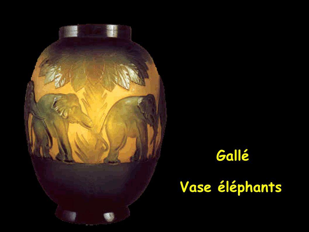 Gallé Vase éléphants
