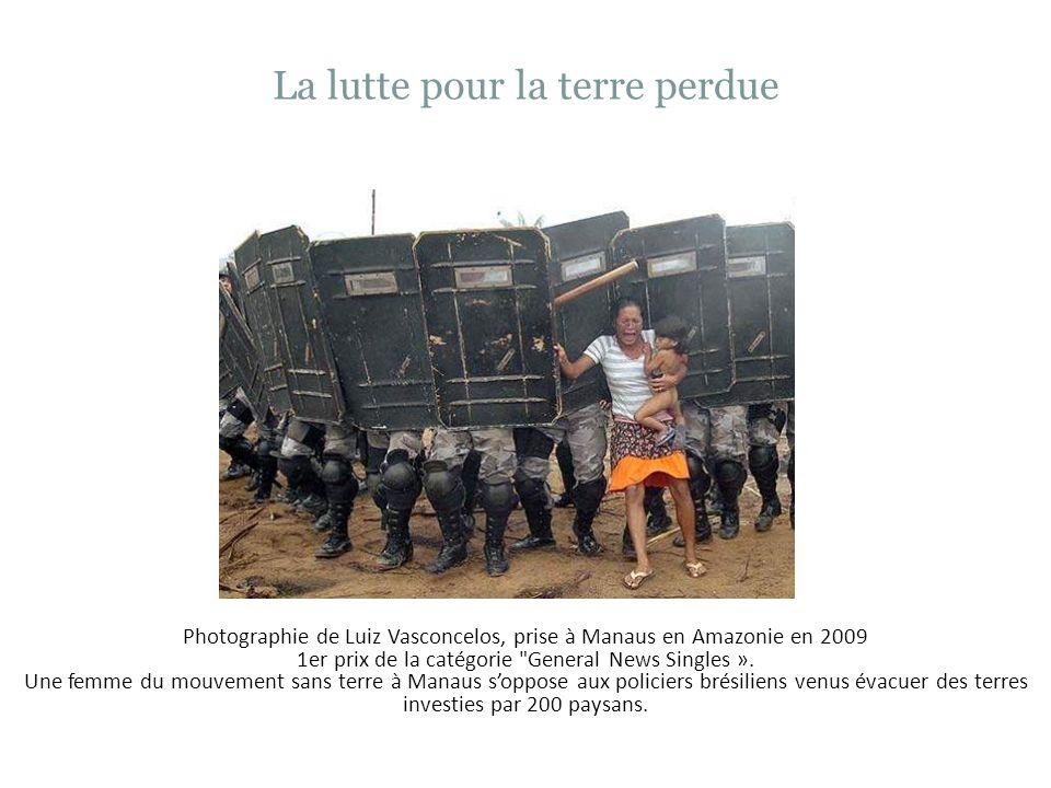 Extra photo Au cours de linsurrection de Puerto Cabello au Venezuela dans létat de Carabobo en 1962, le gouvernement a violemment réprimé les insurgés