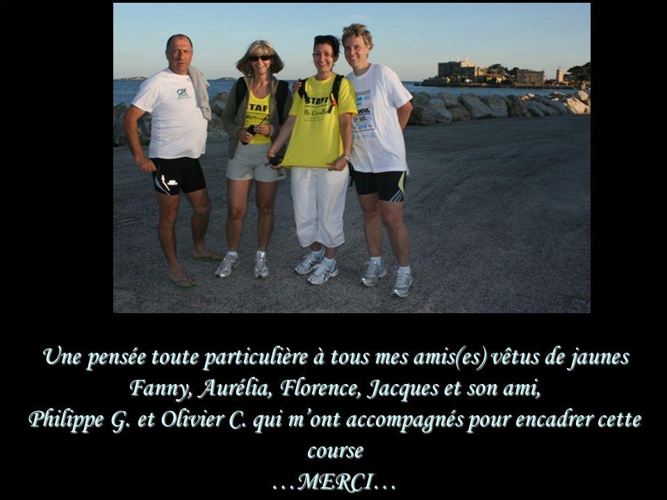 Une pensée toute particulière à tous mes amis(es) vêtus de jaunes Fanny, Aurélia, Florence, Jacques et son ami, Philippe G.