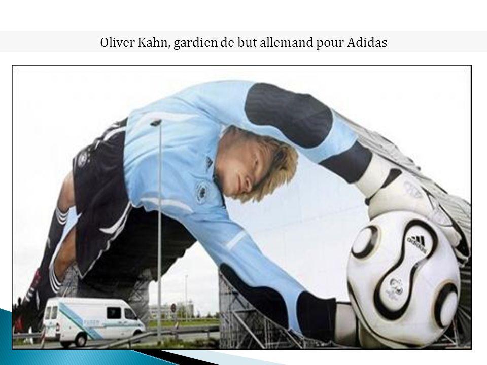 Oliver Kahn, gardien de but allemand pour Adidas