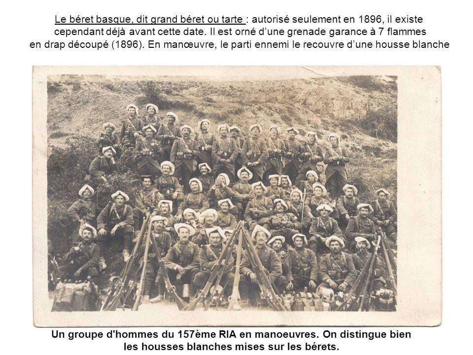 Linfanterie alpine participa activement à lintroduction du ski dans les troupes de montagne françaises, notamment le 159ème RIA.
