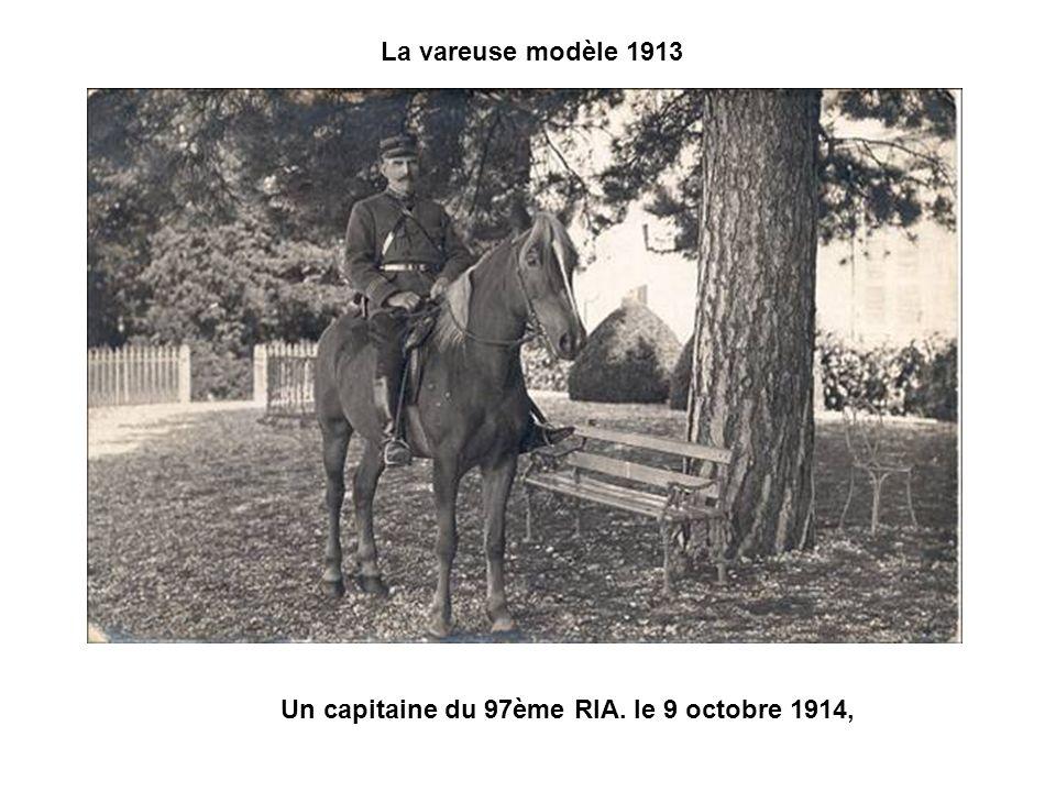 Un lieutenant du 10ème bataillon de chasseurs à pied en pelisse