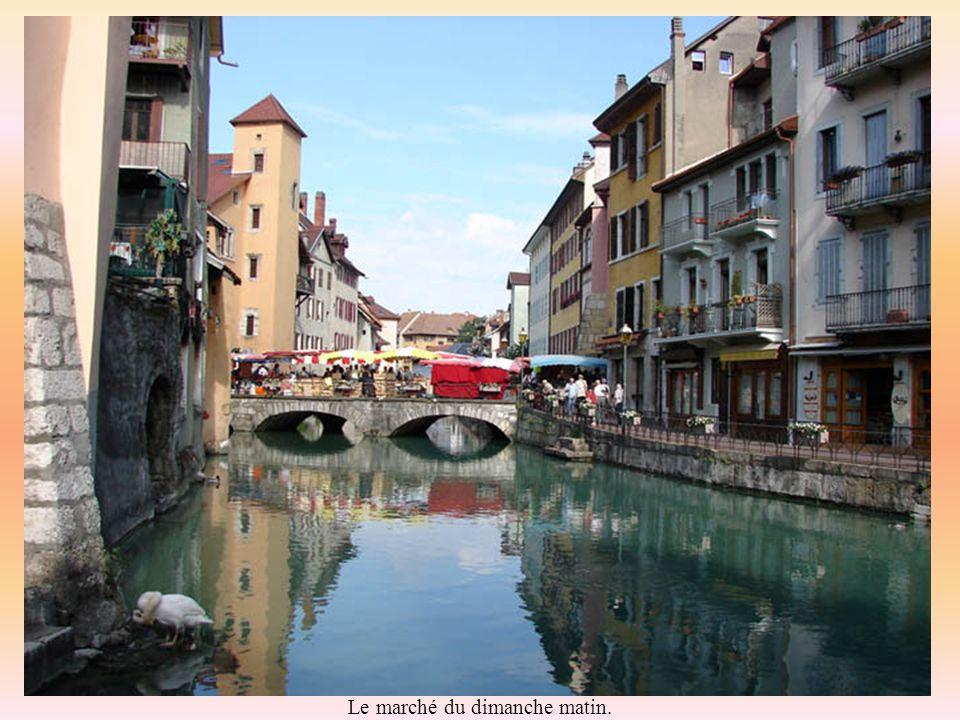 Annecy est aussi une ville fleurie « hors catégorie ».