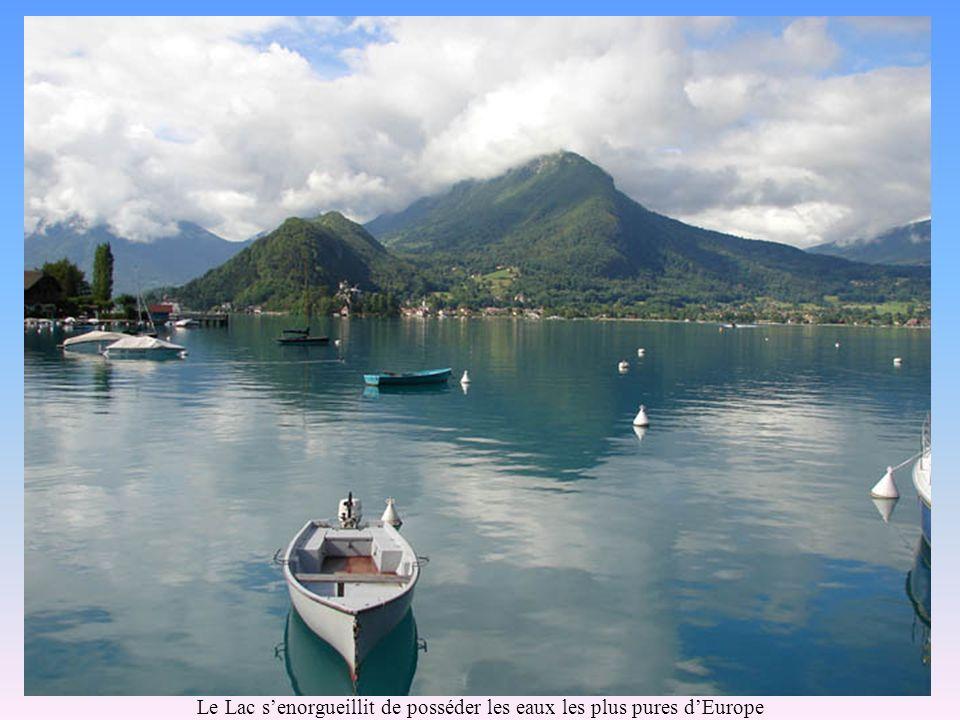Le Lac senorgueillit de posséder les eaux les plus pures dEurope