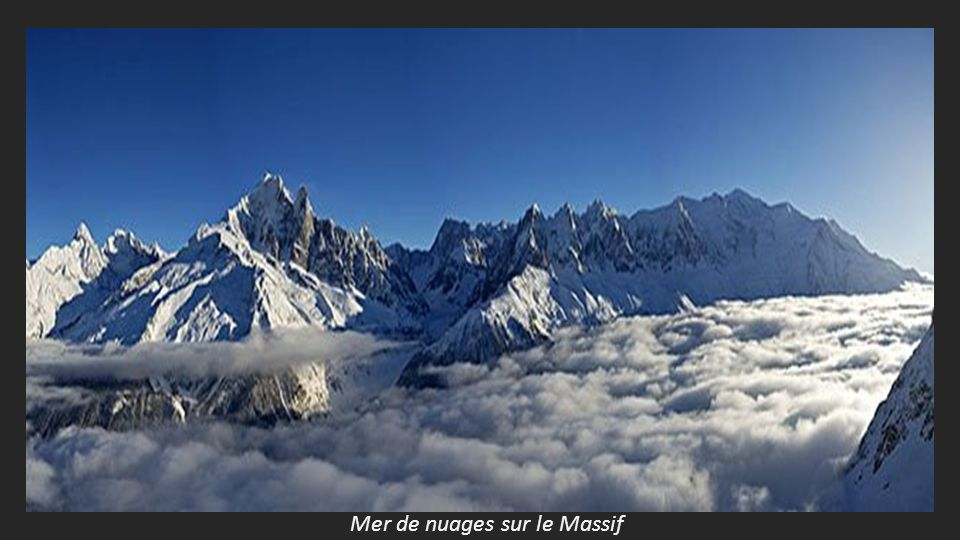 Les aiguilles de Chamonix et le Mont Blanc