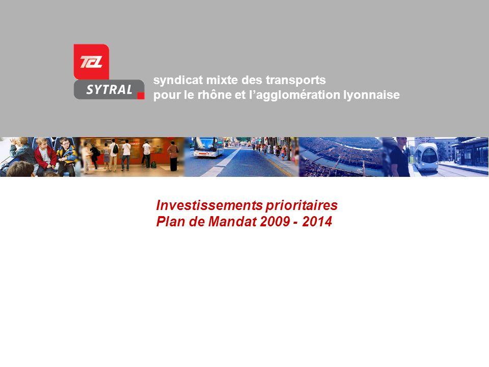 Présentation du SYTRAL et du tramway de lagglomération lyonnaise Introduction Le plan de mandat 2009-2014 sinscrit dans le cadre du Plan de Déplacements Urbains (PDU) approuvé en 2005.