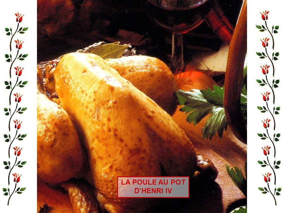 Il vous faut, pour six personnes : 400 gr de poitrine demi-sel, 2 poireaux, 2 navets, 2 carottes, 2 oignons, 4 gousses dail, 150 gr de haricots blancs