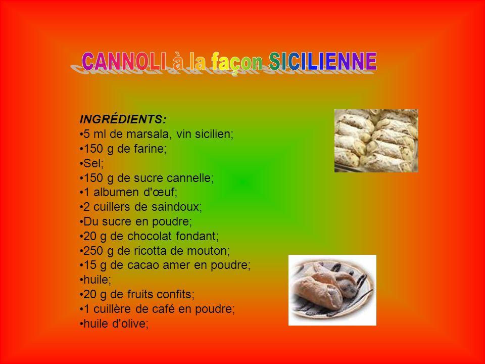 Faire absorber une cuillère de saindoux de la farine, en la travaillant ajouter une pincée de sel, 2 cuillères de sucre, le marsala, une cuillère de cacao amer et une cuillère de café en poudre; faire reposer le pétrissage pour 3 heures couvert.
