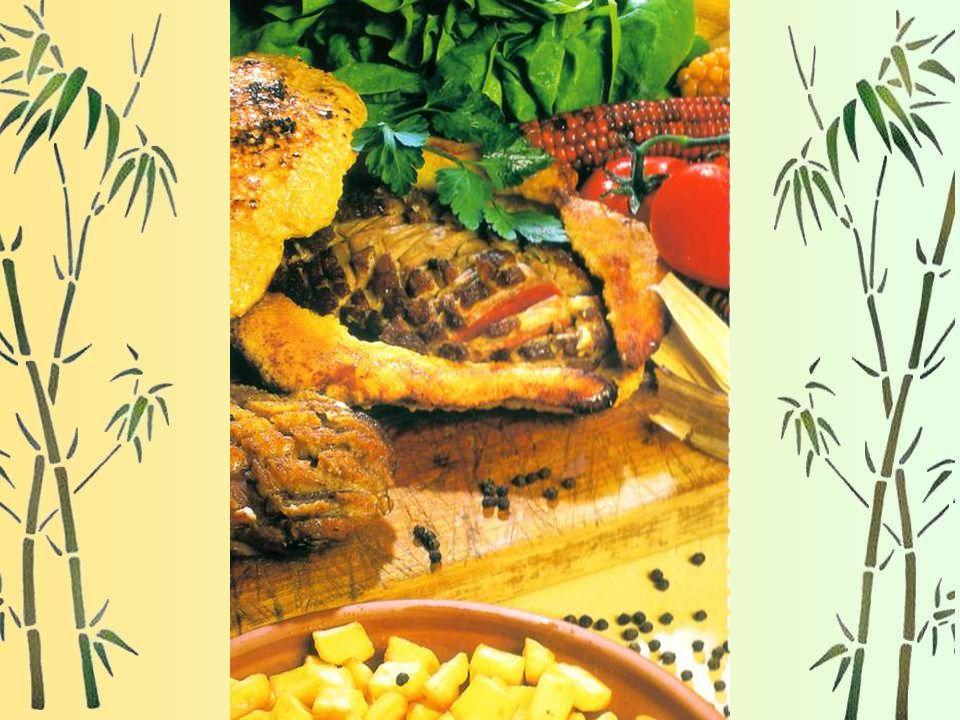 Magrets en croûte de sel Pour 4 personnes : 2 magrets de canard, 1 Kg de gros sel de Salies de Béarn. - Inciser en croisillon la peau des magrets. Les